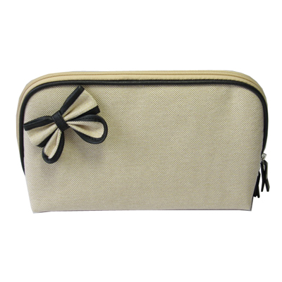 Simple canvas makeup bag