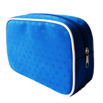 Same body color dot printing makeup bag
