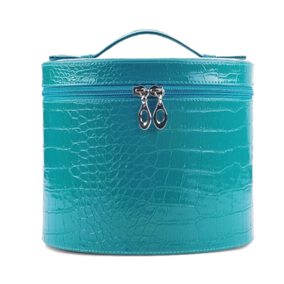 Crocodile pattern PU cosmetic case with zip closure