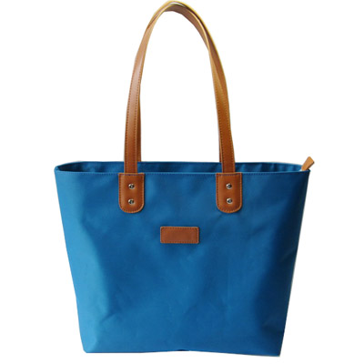 Stylish nylon shopping bag