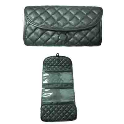 Quilted pu hanging cosmetic travel bag