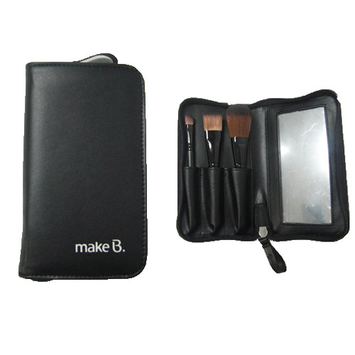 Makeup Brush Pouch. I think this is a wonderful little pouch, quality all the way. It has many uses. I plan on using it for storing art pencils, especially when traveling. It .